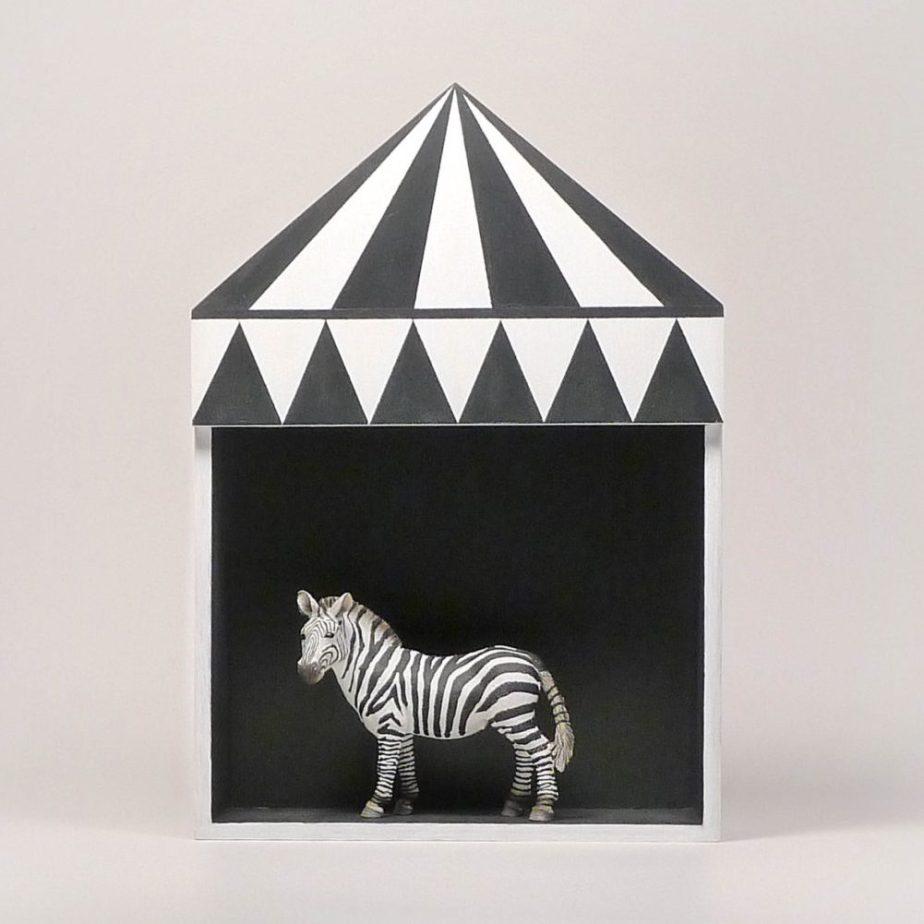 Kids room decor, circus shelf, plywood childrens furniture, childrens gift idea, black, white, minimal retro style de TheBirdOnTheTree