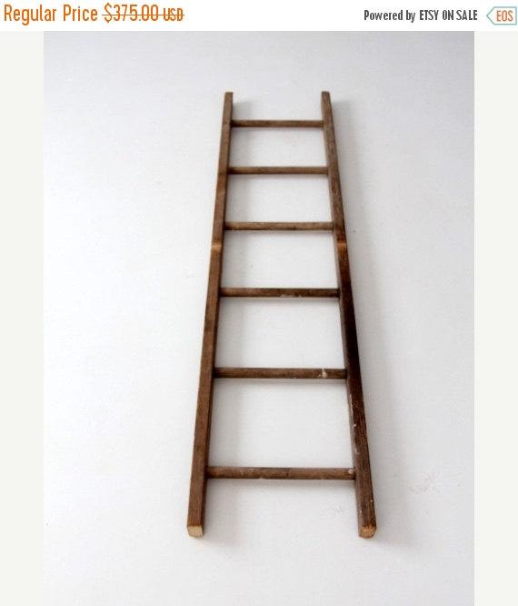 SALE antique picking ladder, wood ladder, blanket ladder de 86home