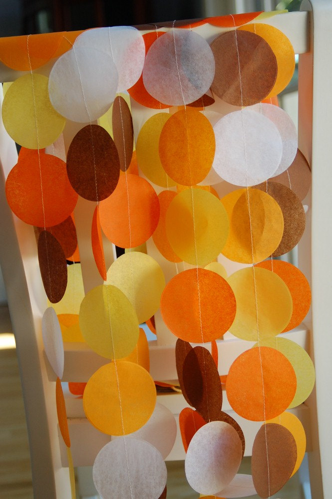Tissue Paper Garland, Party Garland, Birthday Garland, Halloween Garland, Autumn Garland, Fall Garland, Thanksgiving Garland: Autumn de pipsqueakandbean