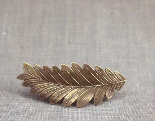 Leaf hair clip barrette bridal grecian goddess brass neoclassical bride bronze wedding hair accessory vintage style bridesmaid de mylavaliere
