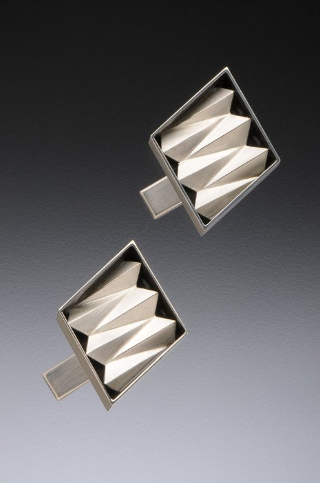 Contemporary, Sterling silver, Origami Cuff Links de katherinerudolph