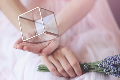 Geometric Glass Box / Cube Ring Bearer / Engagement Ring Box / Ring Pillow Alternative / Wedding Ring Box / Copper Ring Box / Glass Cube Box de Waen
