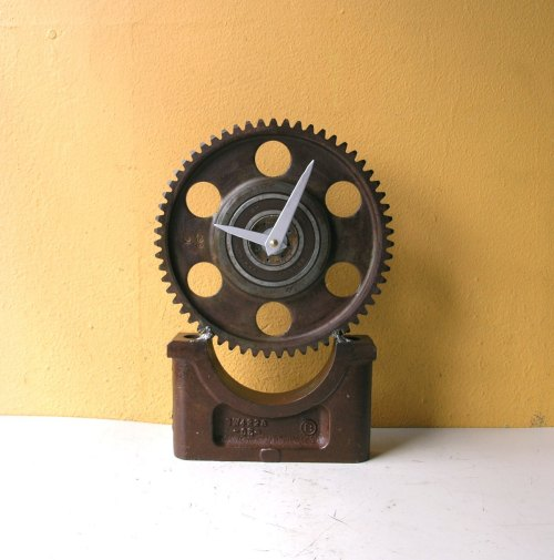 Desk Clock, Metal Clock, Gear Clock, Table Clock, Steampunk Clock, Industrial Clock, Junk Clock, Manly Clock, Mantel Clock, Executive Clock de PaulaArt