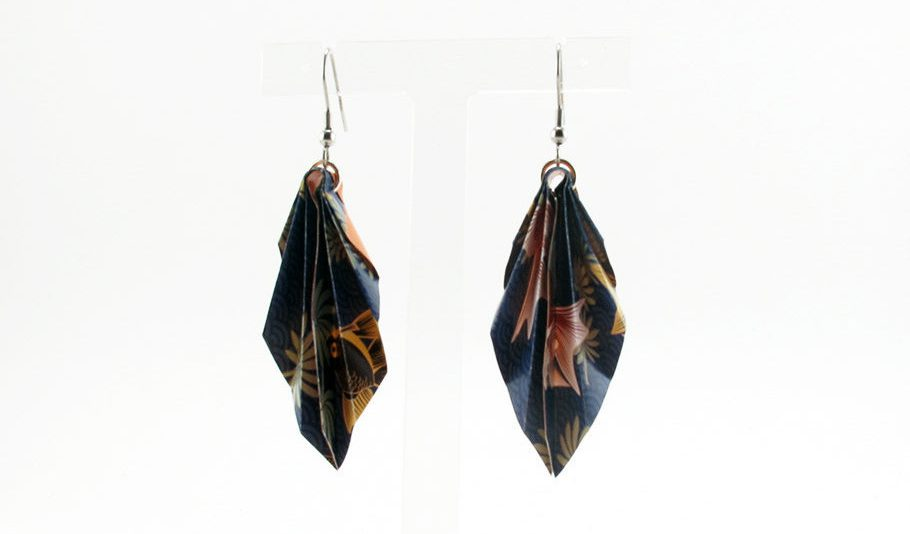 Geoleaf origami earrings. Blue background + light green leaves + light yellow and light red fishes, salmon on its back. Dangling earrings. de NouCamiAccessories