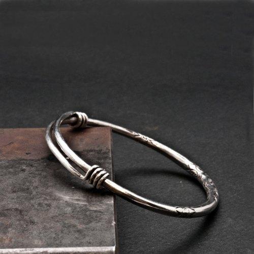Sterling Silver Bracelet, Man/Woman Adjustable Bangle, Sterling Hand-forged Wire Bangle Bracelet, Minimalist Silver Expandable Bracelet de SunSanJewelry