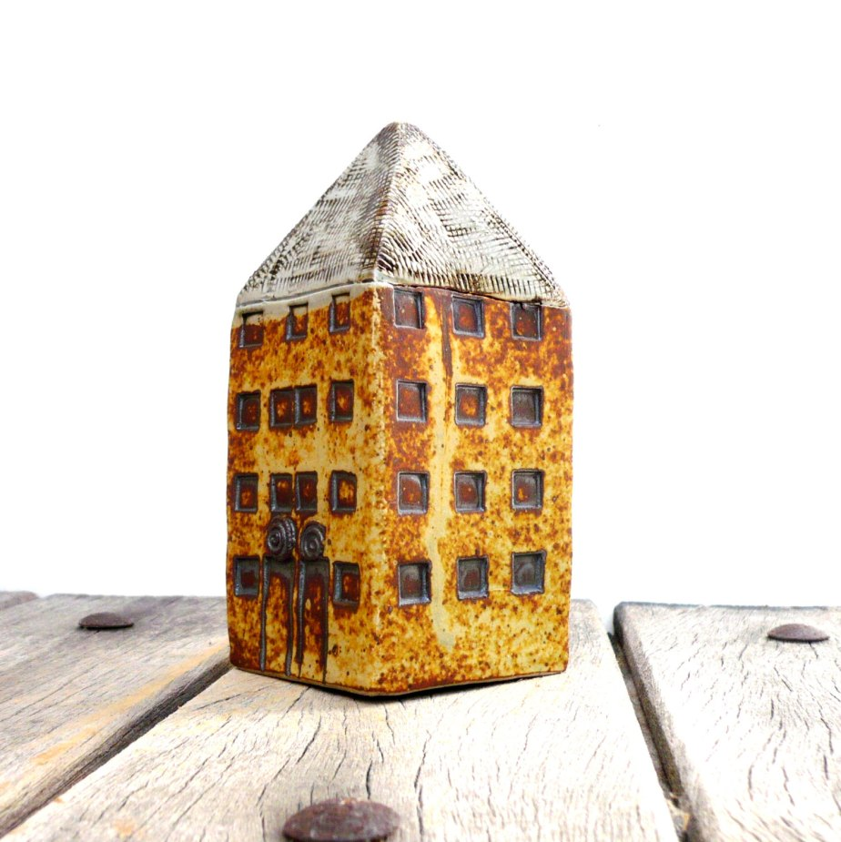 Miniature Architecture,Yellow House,Tower House, Ceramic Sculpture,Tall Building de BlueMagpieDesign