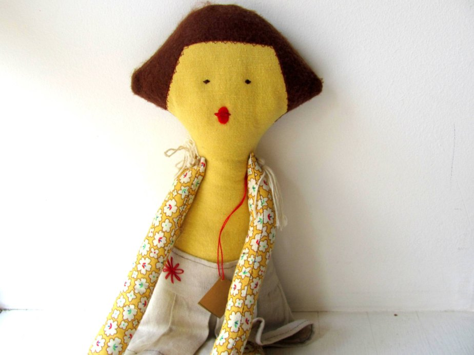 Noa-- Doll----Child friendly---Recycled--Toy-Cotton-yellow---under 55 USD de AnnaLela