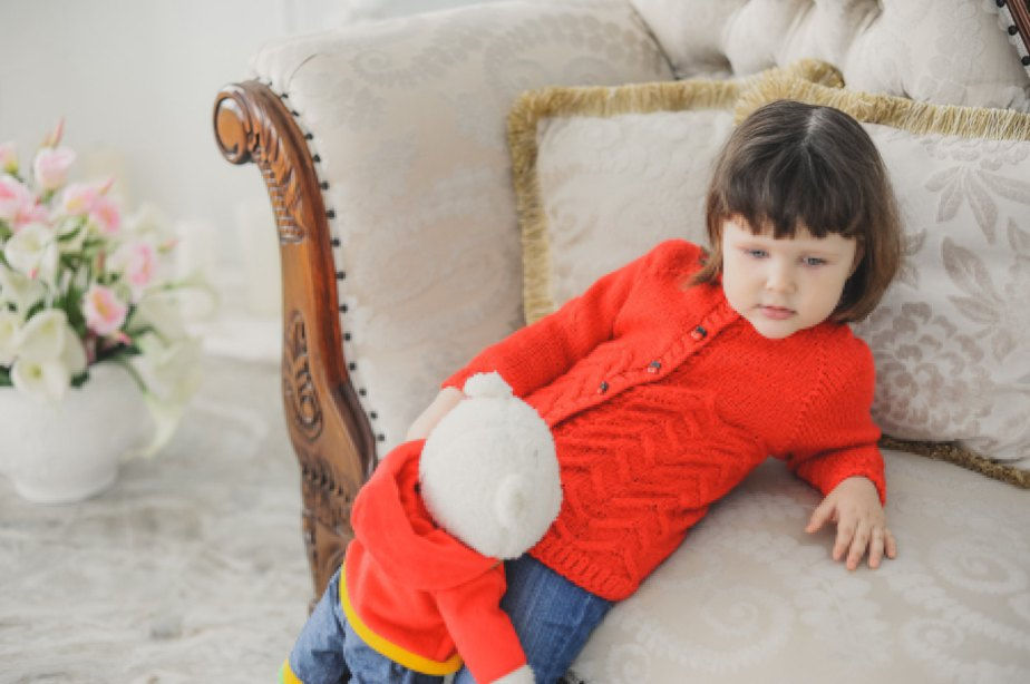 RED SWEATER for girls hand-knitted jumper knit warm sweater de OKSANAGEMBICKA