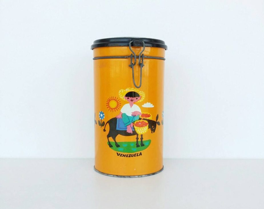 Vintage tin, vintage Italian tin, 1980s coffee tin, coffee tin with clasp, retro coffee tin de BravaVintage