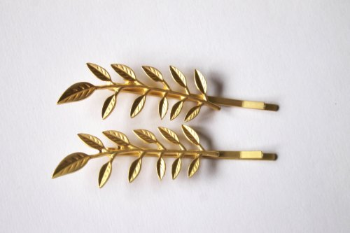 Gold Olive branch bobby pin, woodland, wedding hair accessories, bridal hairclip, nature, hair gift, woodland hair accessory de OrchhaJewels