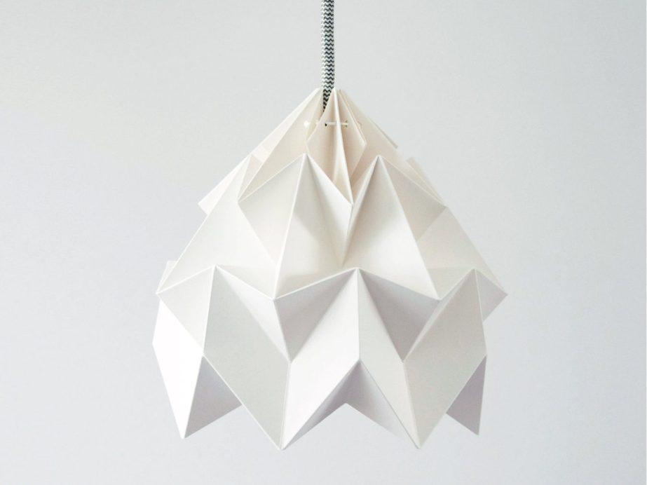 origami lamp Moth white de nellianna